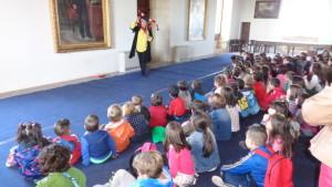Alumnos del C.E.I.P. Nueva Segovia realizan actividades educativas en el Alcázar