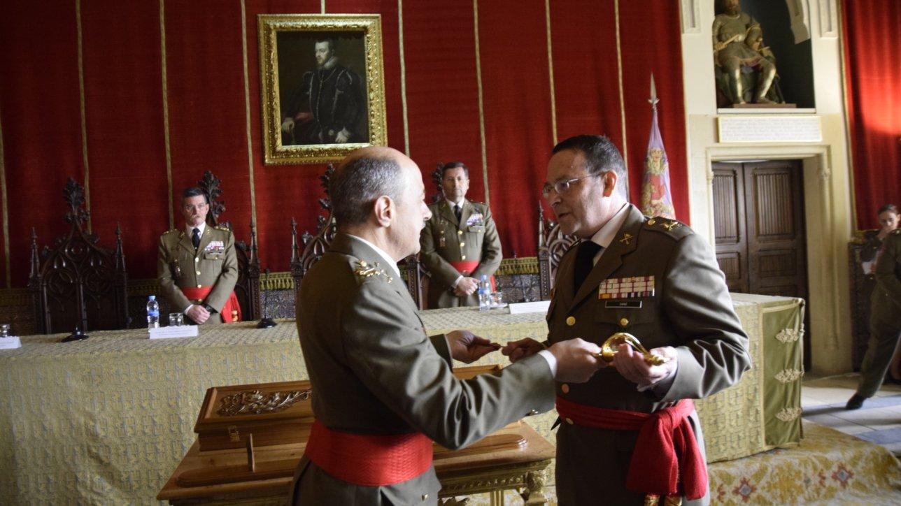 Entrega del Premio Daoíz al General de División Excmo. Sr. D. Alfredo Sanz y Calabria