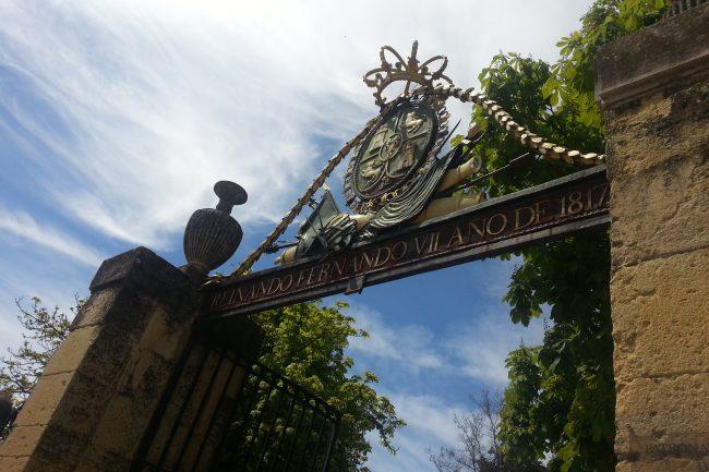 Verja entrada al Alcázar