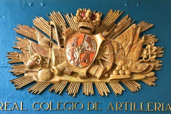 Escudo del Real Colegio de Artillería en el Alcázar (3)