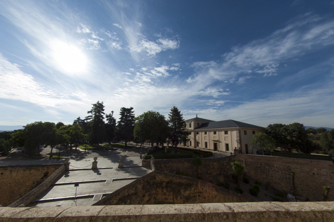 La página web del Alcázar de Segovia ha implementado recientemente la opción de realizar una visita virtual al monumento.